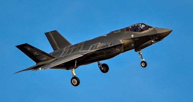 Rude Rams olarak bilinen 34. Avcı Filosuna ait 5083 kuyruk numaralı F-35...