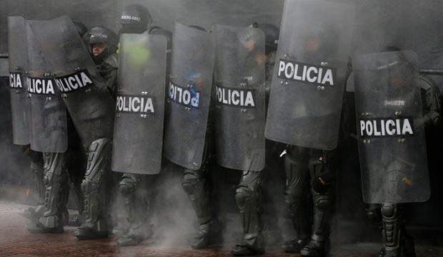 Kolombiya'da halk yeniden ayaklandı