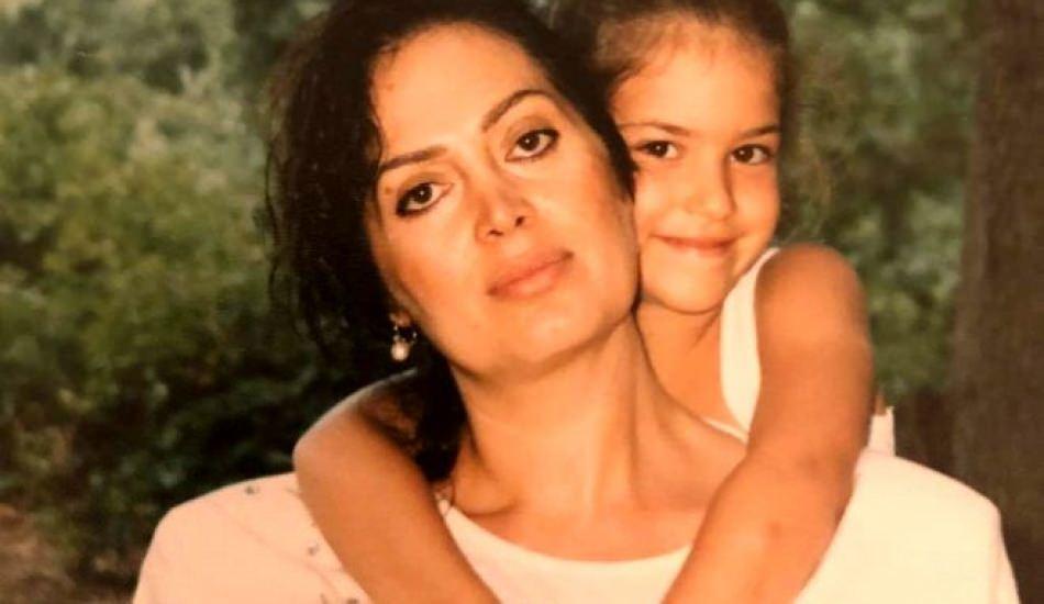 Türkan Şoray'ın kızı Yağmur Ünal'ı görenler şaşırdı! Aynı annesi