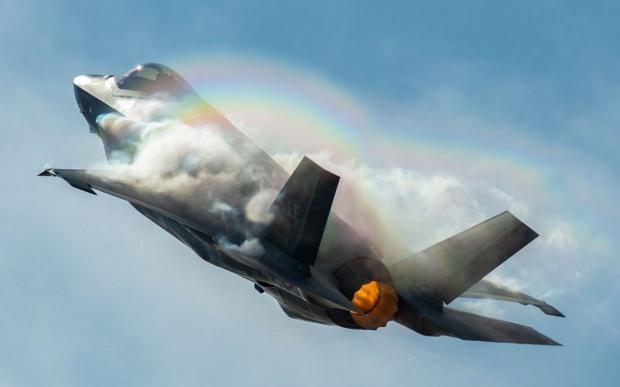 Türkiye'nin de üretim ortalığı olduğu ABD yapımı F-35...