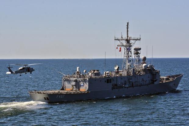 NATO ülkelerinin Baltık Denizi'nde gerçekleştirdiği bir tatbikatta Türk savaş gemisi...