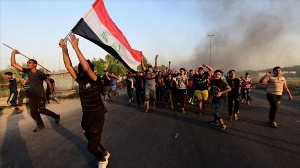 Bağdat'ta başlayan protestolar Irak geneline yayıldı.
