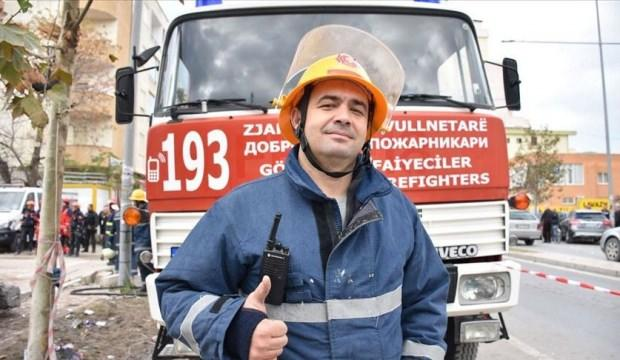 Türk asıllı gönüllü itfaiyeci Arnavutluk'un yardımına koştu
