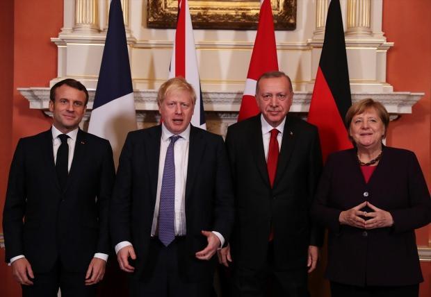 Cumhurbaşkanı Erdoğan dün, İngiltere Başbakanı Johnson, Fransa Cumhurbaşkanı Macron ve Almanya Başbakanı Merkel ile Suriye konulu zirvede bir araya gelmişti.