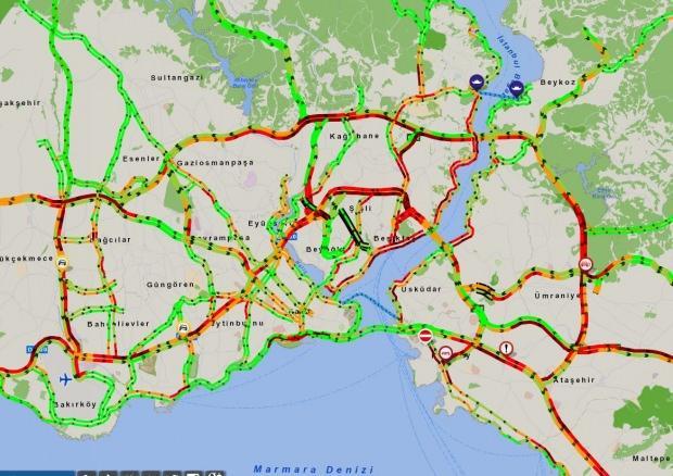 Saat 17.15 itibariyle İstanbul'da trafik durumu.
