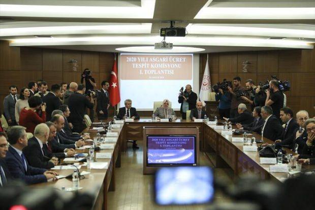 Asgari Ücret Tespit Komisyonu ilk kez toplandı.