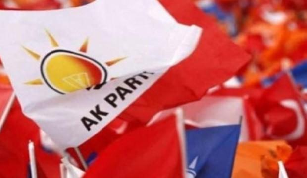 AK Parti'de 2 başkan daha istifa etti
