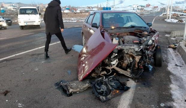 Ardahan'da trafik kazası: 4 yaralı