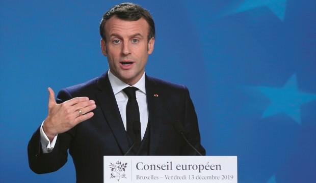 Macron'dan Johnson'a Brexit çağrısı: En kısa sürede onaylayın