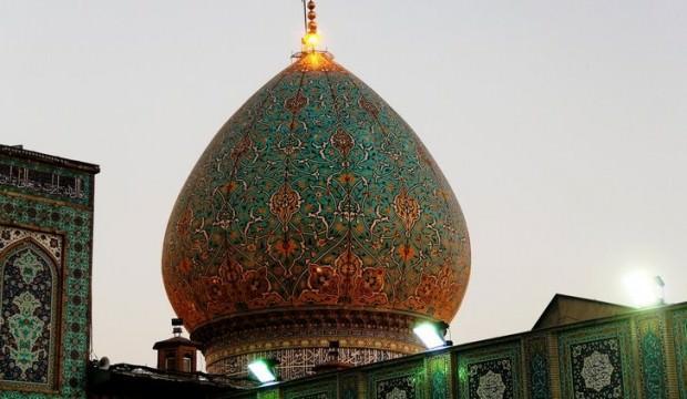 İran'ın Şiraz kentinde türbe ateşe verildi
