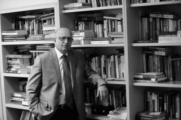 Dr. Nihat Ali Özcan