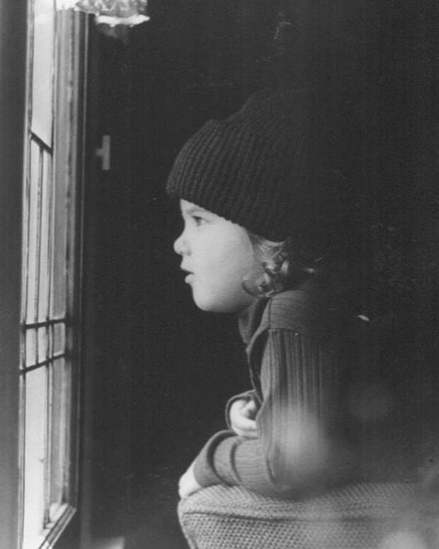 Jennifer Aniston çocukluk fotoğrafı