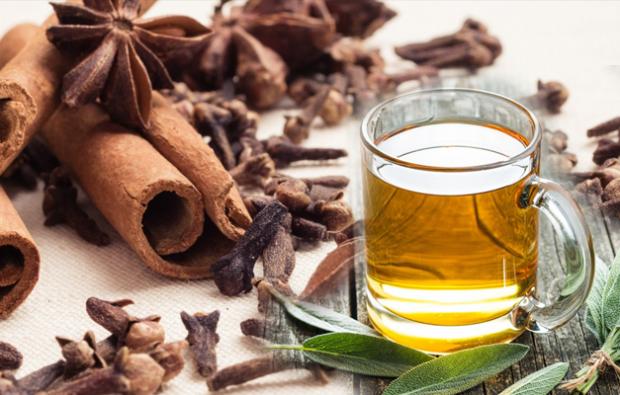 Karanfilli tarçın çayı