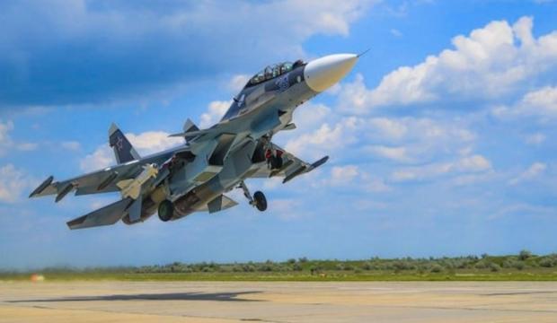 Ermenistan Rus savaş uçaklarından ilkini aldı!