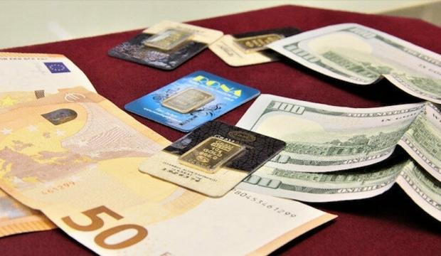 Altın euro ve doları üçe katladı