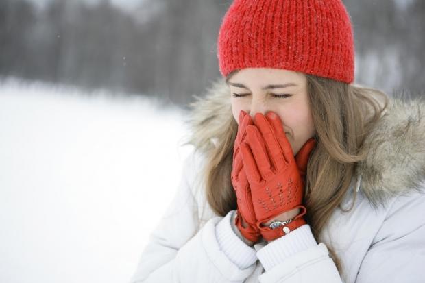 soğuk alerjisi olan kişi normal üşüyen kişiden iki kat daha fazla soğuktan etkilenir