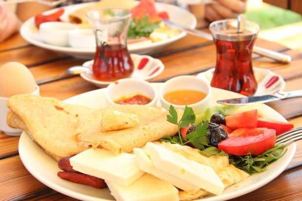 Kahvaltılıklar kaç kalori? diyete uygun kahvaltı