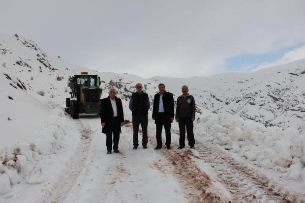 Adıyaman'da karla mücadele - Adıyaman'da okullar tatil edildi mi?