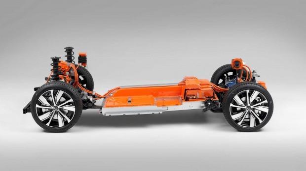 Esnek platform: Önde ve arkada elektromotorlar var. Akülerin menzili 400 km'nin üzerinde.
