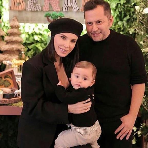 Gülşen ile Ozan Çolakoğlu ailesi