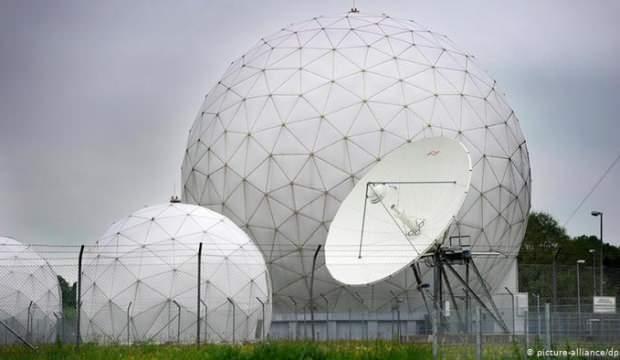 Alman istihbarat servisinde izleme krizi! AYM'ye taşındı