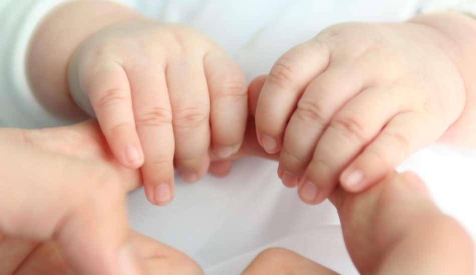 Bebeklerin elleri neden soğuk olur? Bebeklerde el ve ayak üşümesi