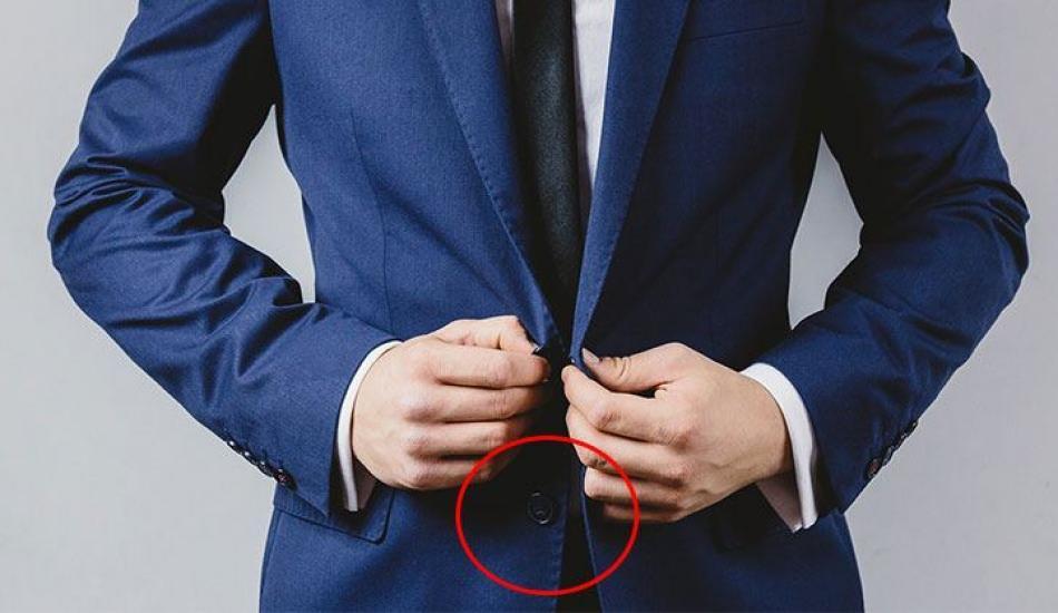 Erkekler neden ceketlerinin altını iliklememeli? Doğru ceket giyinme kuralları