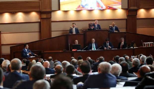 İmamoğlu veto etmişti... İBB Meclisi'nden 'taşınmaz' kararı
