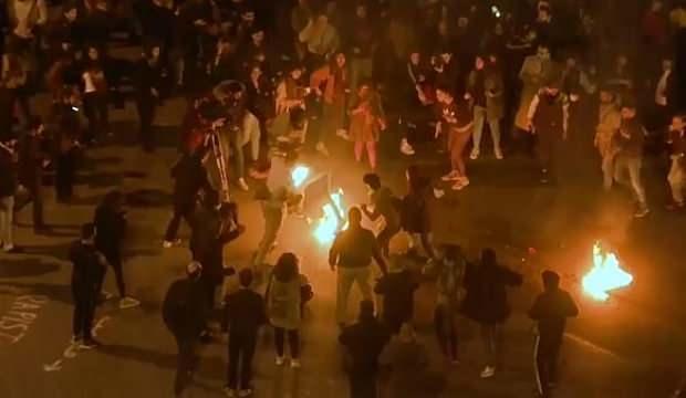 Lübnan'da polis göstericilere müdahale etti: 35 yaralı