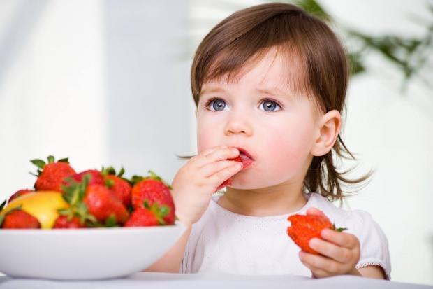 Bebeklerde çilek alerjisi