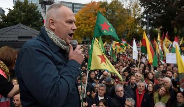 Terör örgütü PKK'yı açıktan destekliyordu... Parti Başkanı görevi bırakıyor