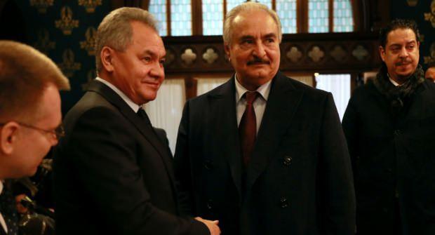 Rusya Savunma Bakanı Sergey Şoygu ve darbeci Hafter, dün Moskova'da bir araya gelmişti.