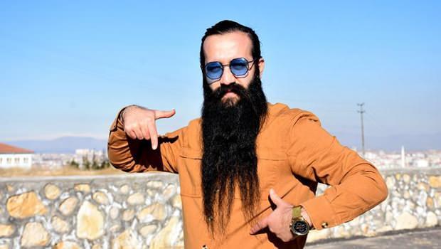 sakalını satan adam