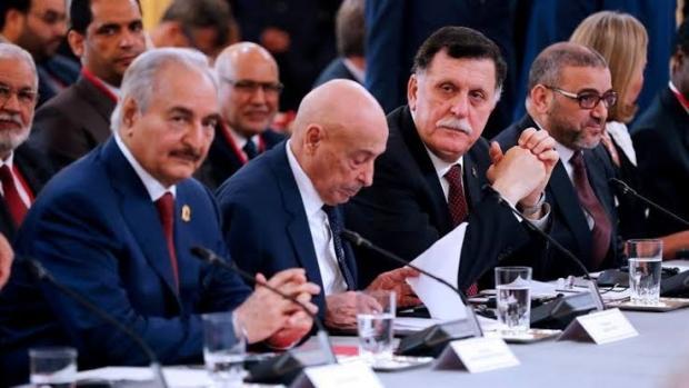 Libya Ulusal Mutabakat Hükümeti Başbakanı Fayiz es-Serrac ve darbeci Halife Hafter