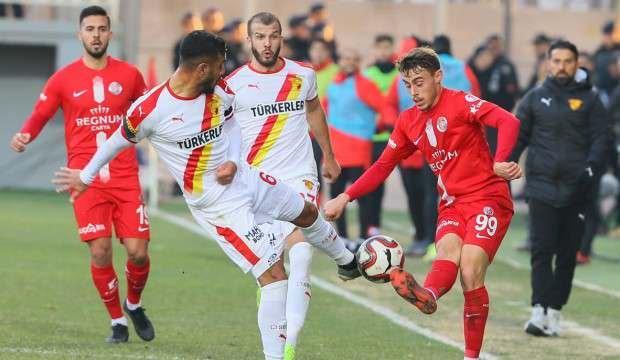 4 gollü maçta tur atlayan Antalyaspor oldu!