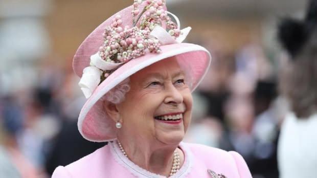 İngiltere Kraliçesi Elizabeth