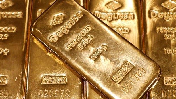 Altın fiyatları, piyasaların Çin'de ortaya çıkan koronavirüsün yayılmasının olası etkilerini değerlendirmeleri ile birlikte düşüşünü sürdürdü
