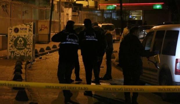 Beyoğlu'nda silahlı çatışma: Yaralılar var