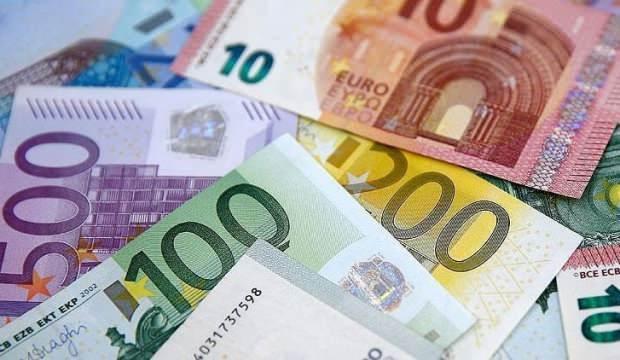 İspanya'da memur maaşlarına yüzde 2 zam