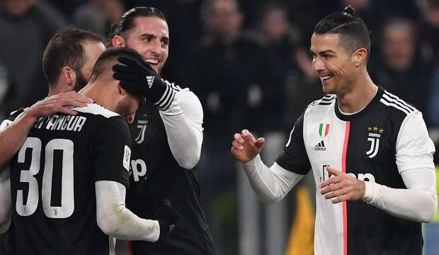Juventus, Cengiz'li Roma'yı kupadan eledi