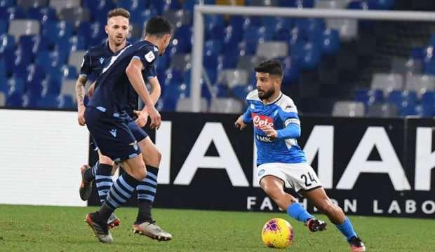 Napoli, İtalya Kupası'nda son şampiyon Lazio'yu eledi