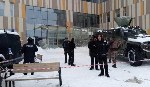 Van Eğitim ve Araştırma Hastanesinde göçük: 9 yaralı