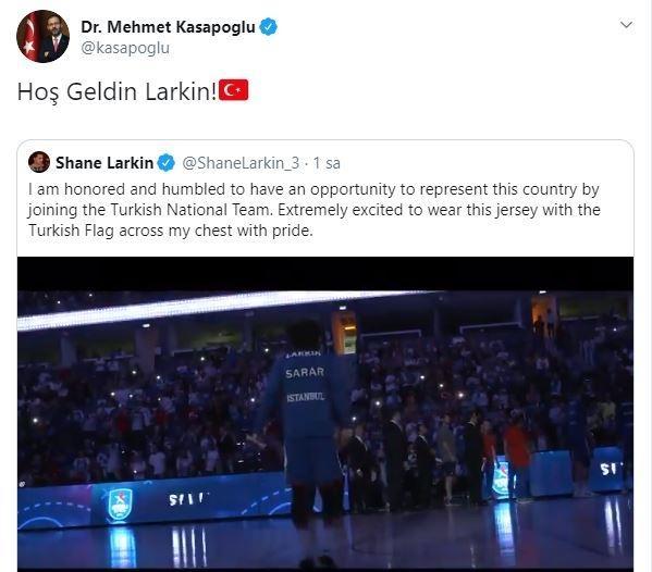 Gençlik ve Spor Bakanı Kasapoğlu'nun Larkin'e mesajı
