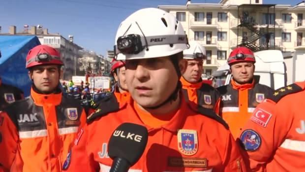 Jandarma Arama Kurtarma Tabur Komutanı Binbaşı Burak Özer