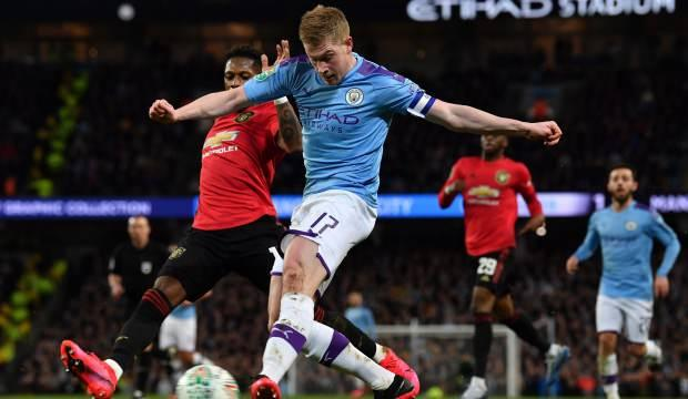 Manchester City derbiyi kaybetse de finale yükseldi!