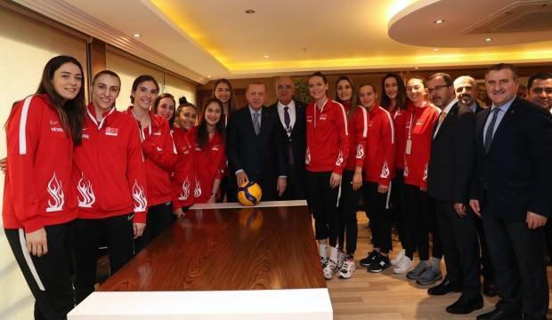 Erdoğan, Filenin Sultanları ile bir araya geldi