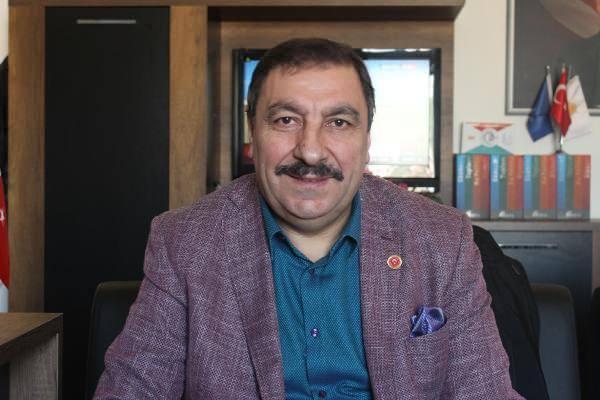 AK Partili Meclis üyesi Hüsnü Boztepe....