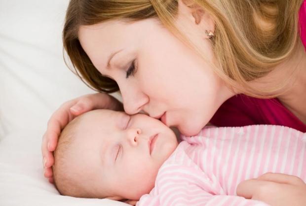 Yeni doğan bebekler cennet mi kokar?