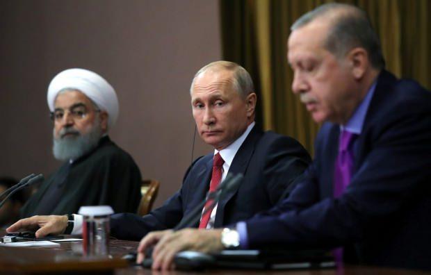 İran Cumhurbaşkanı Ruhani, Rusya Devlet Başkanı Putin ve Cumhurbaşkanı Erdoğan.