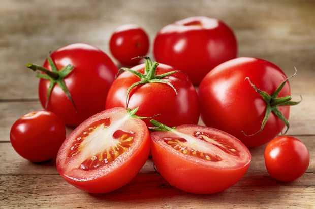 domates gibi asidik besinler gastriti tetikler